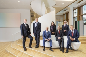Akzo Nobel - Management Team