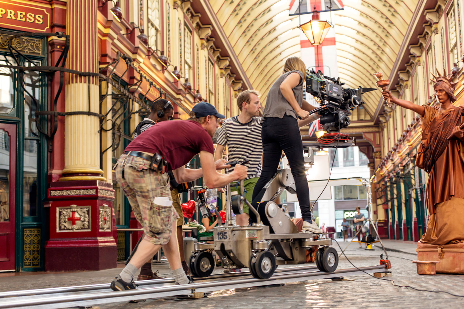 passing_by_behind_the_scenes_008_©_olivier_hess_potography